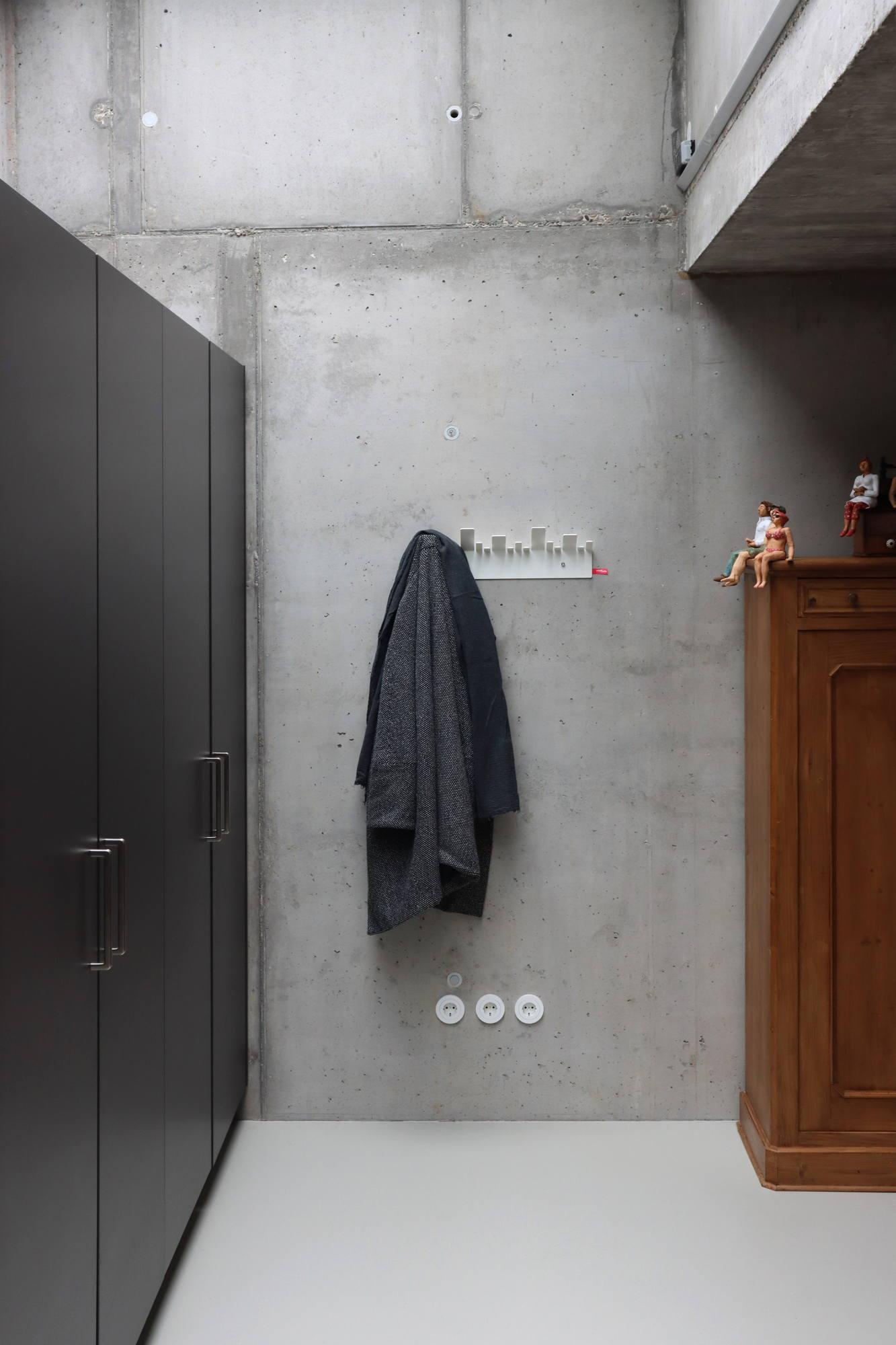 R_B_IMG_1776_Hoch_OBE_Garderobe_Design_Stadtteile